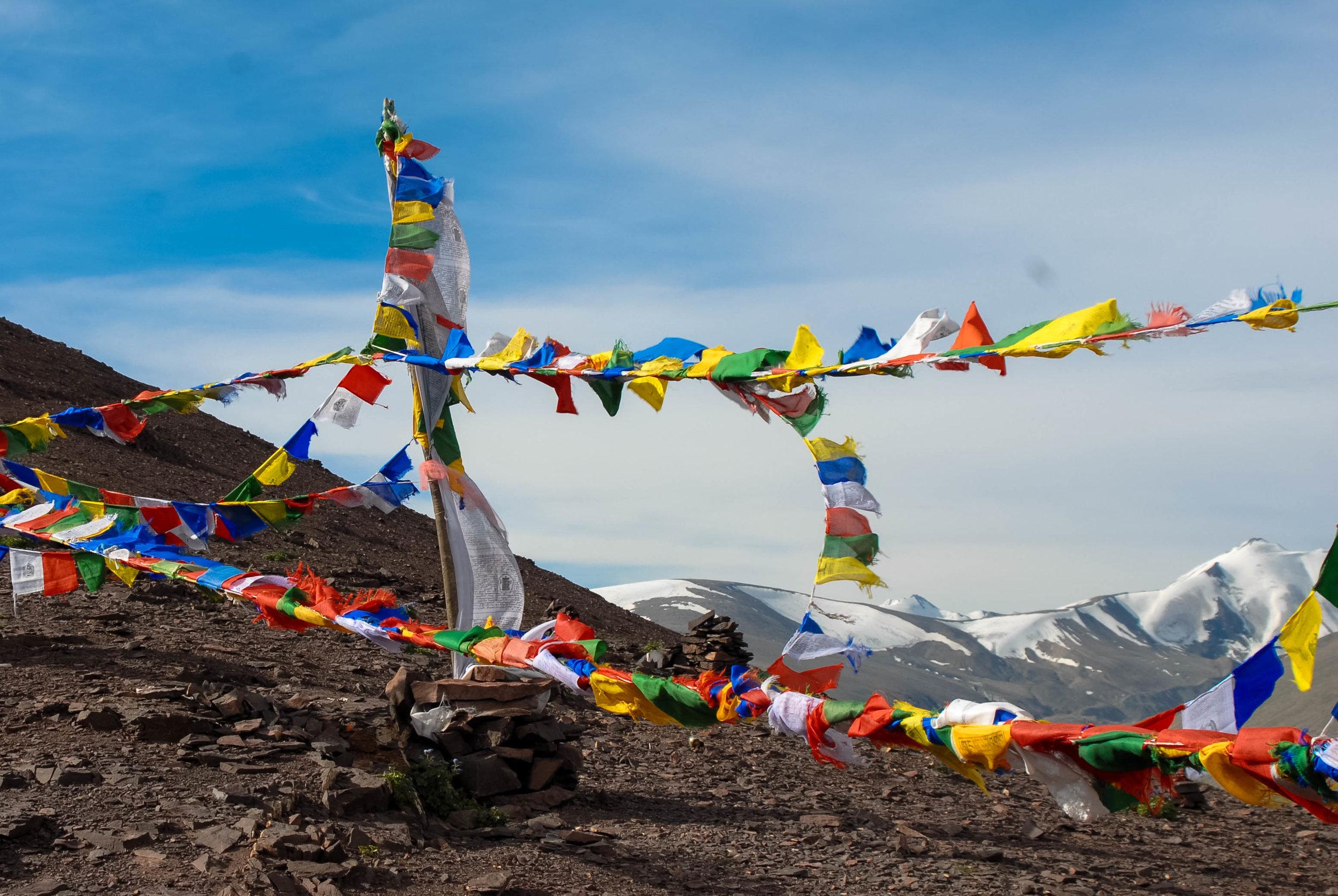 Prayer flags at the top of Kongmaru La pass.