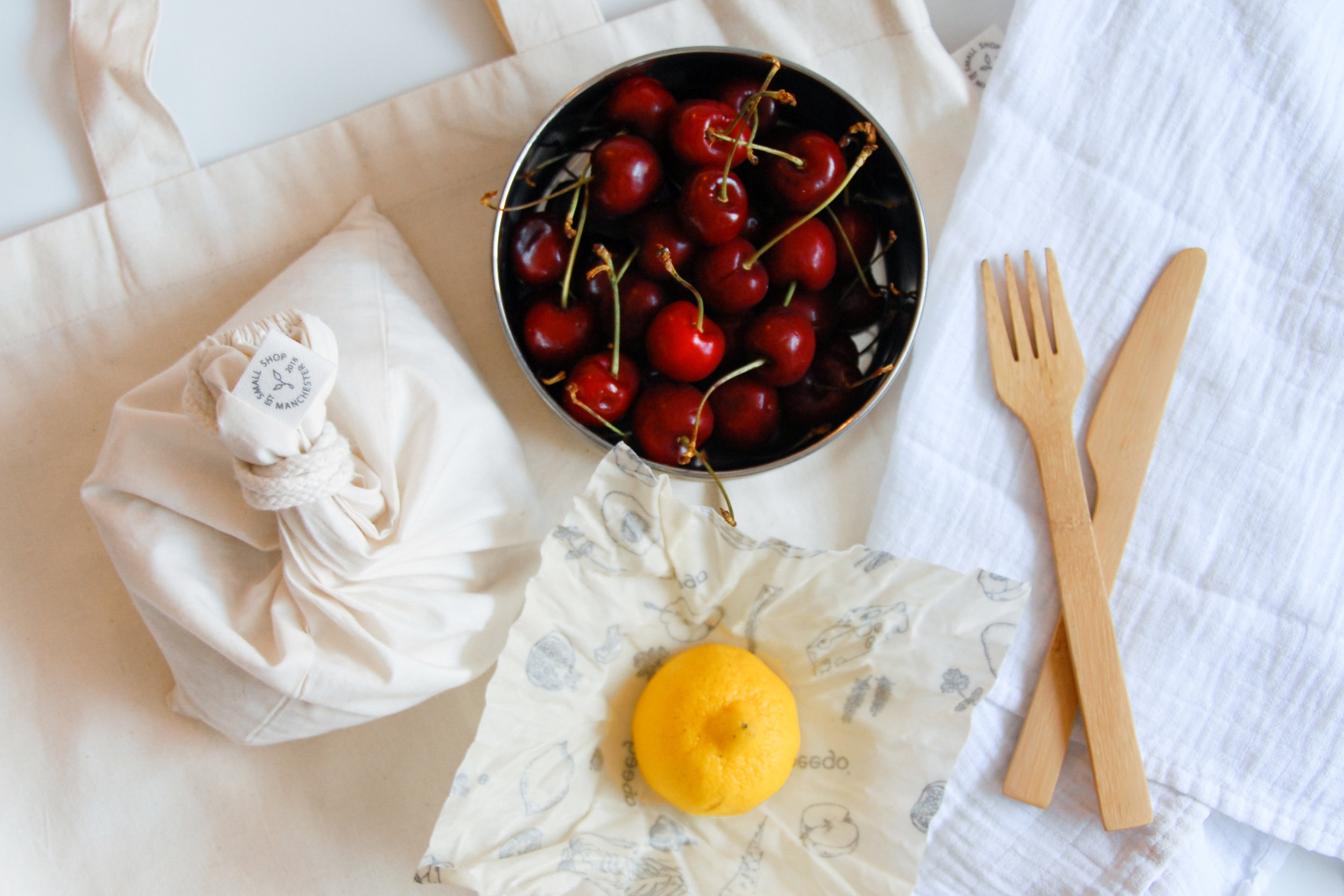 Four Easy Ways to Go Plastic Free - Going zero waste doesn't have to be stressful. There are small changes you can make every day to drastically reduce your waste, from bringing your own cutlery to using beeswax food wraps!