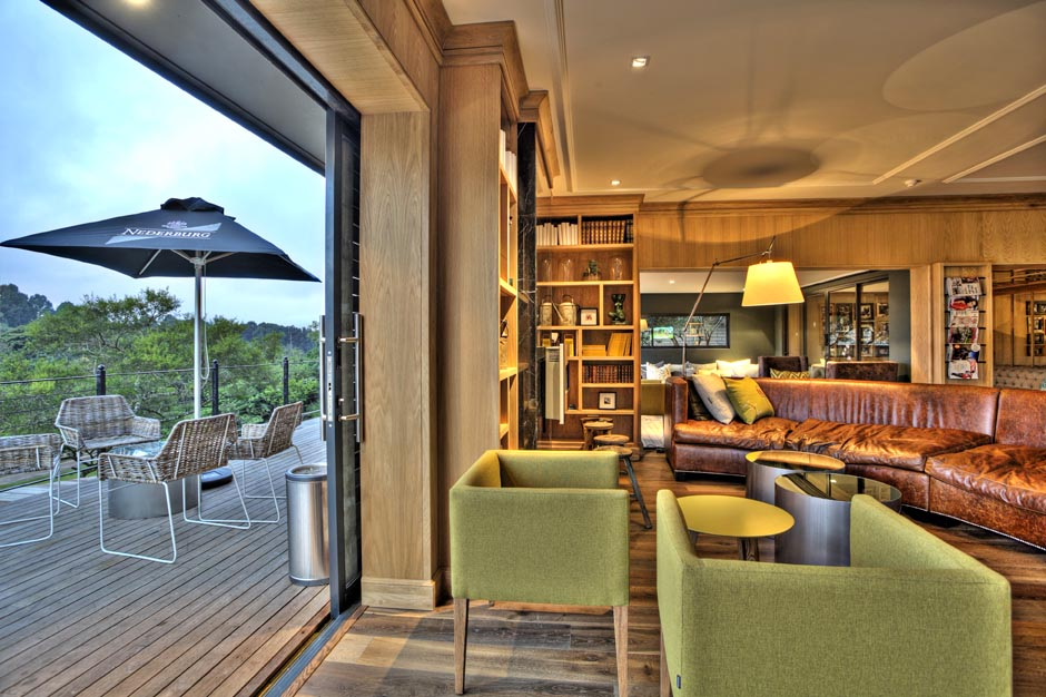The Library Bar at Makaranga