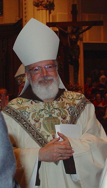 524f7-archbishopo2527malleyprocession.jpg