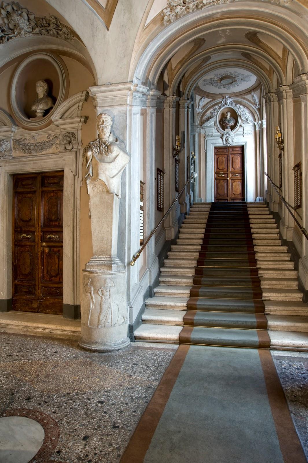 Courtyard of Palazzo Rondanini