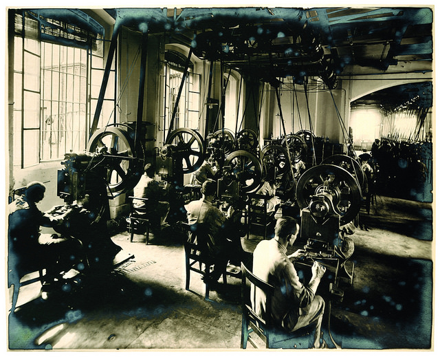 Olivetti workers old.jpg