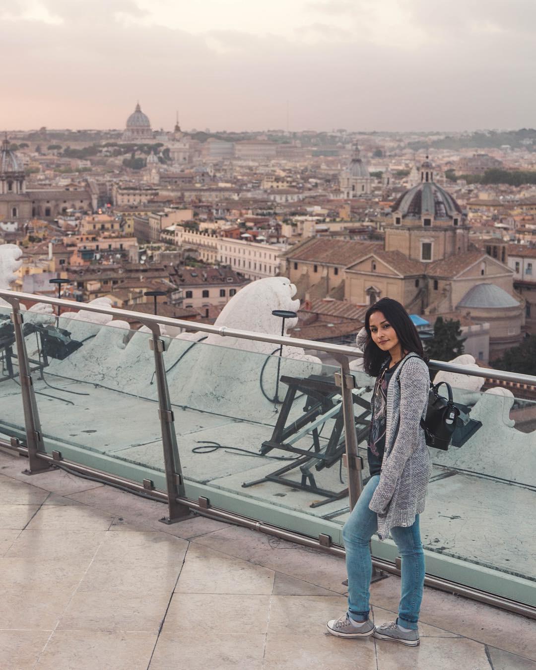 Estrella_in_Rome.JPG