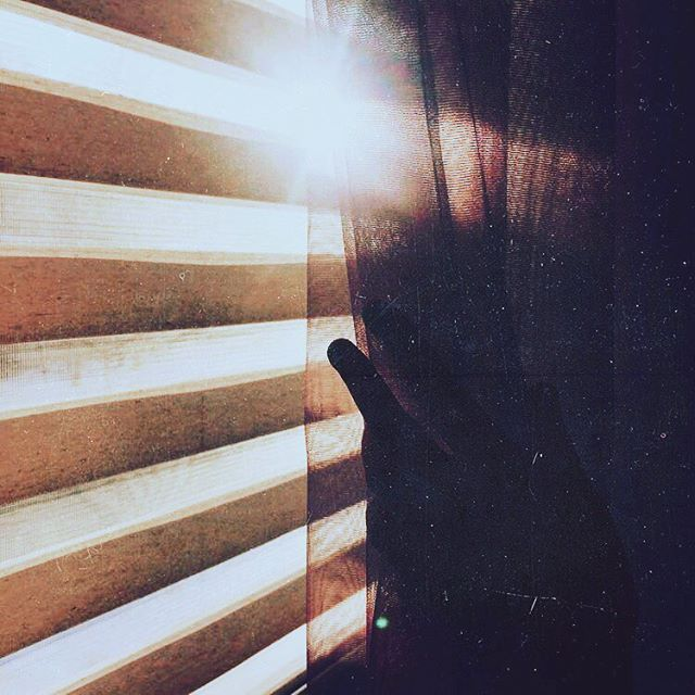 Golden hour. . . . . . . #millionmiles #newmusic #singersongwriter #blues #soul #inspiration #blinds #interiordesign #sun #goldenhour #shade #shadow #sunset #home #friends #picoftheday #bestoftheday #love