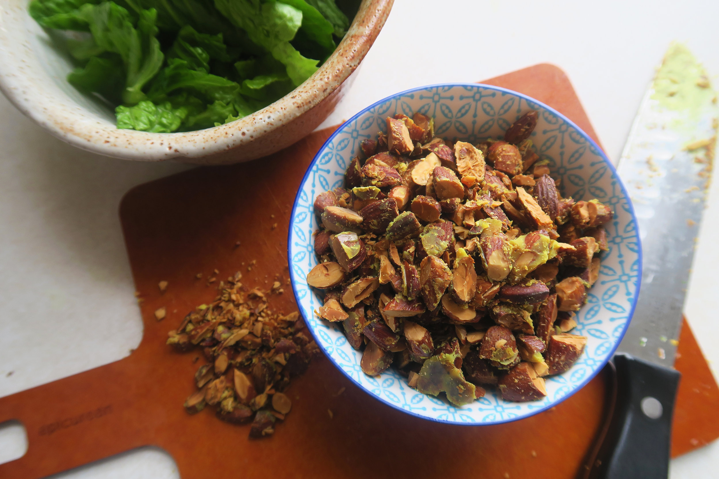 whole30, whole30 recipes, paleo, paleo recipes, salad, crouton recipe, vegan, vegetarian, healthy recipes, almonds