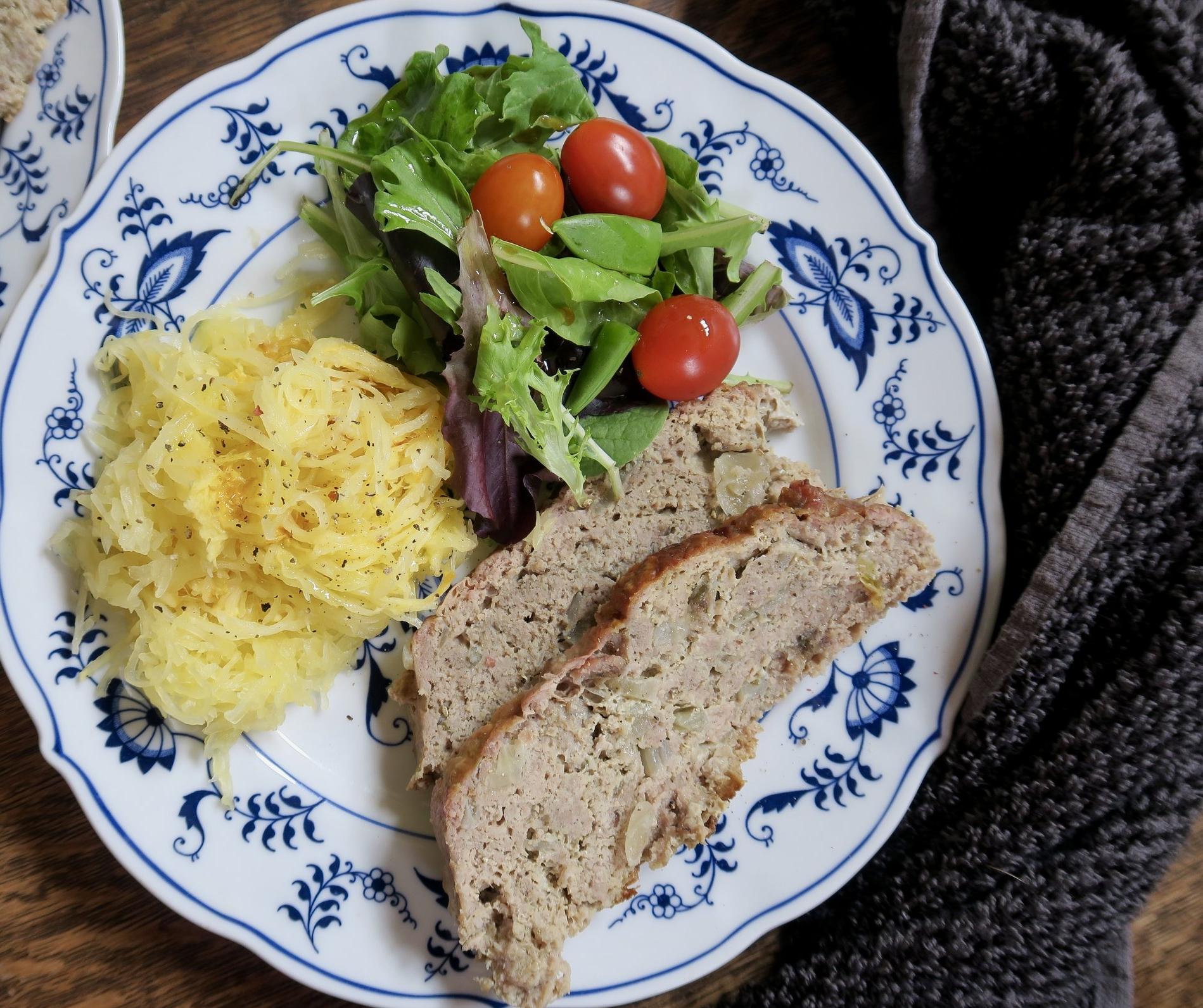 meatloaf, spaghetti squash, whole30, paleo, Lake Superior kitchen, Duluth food