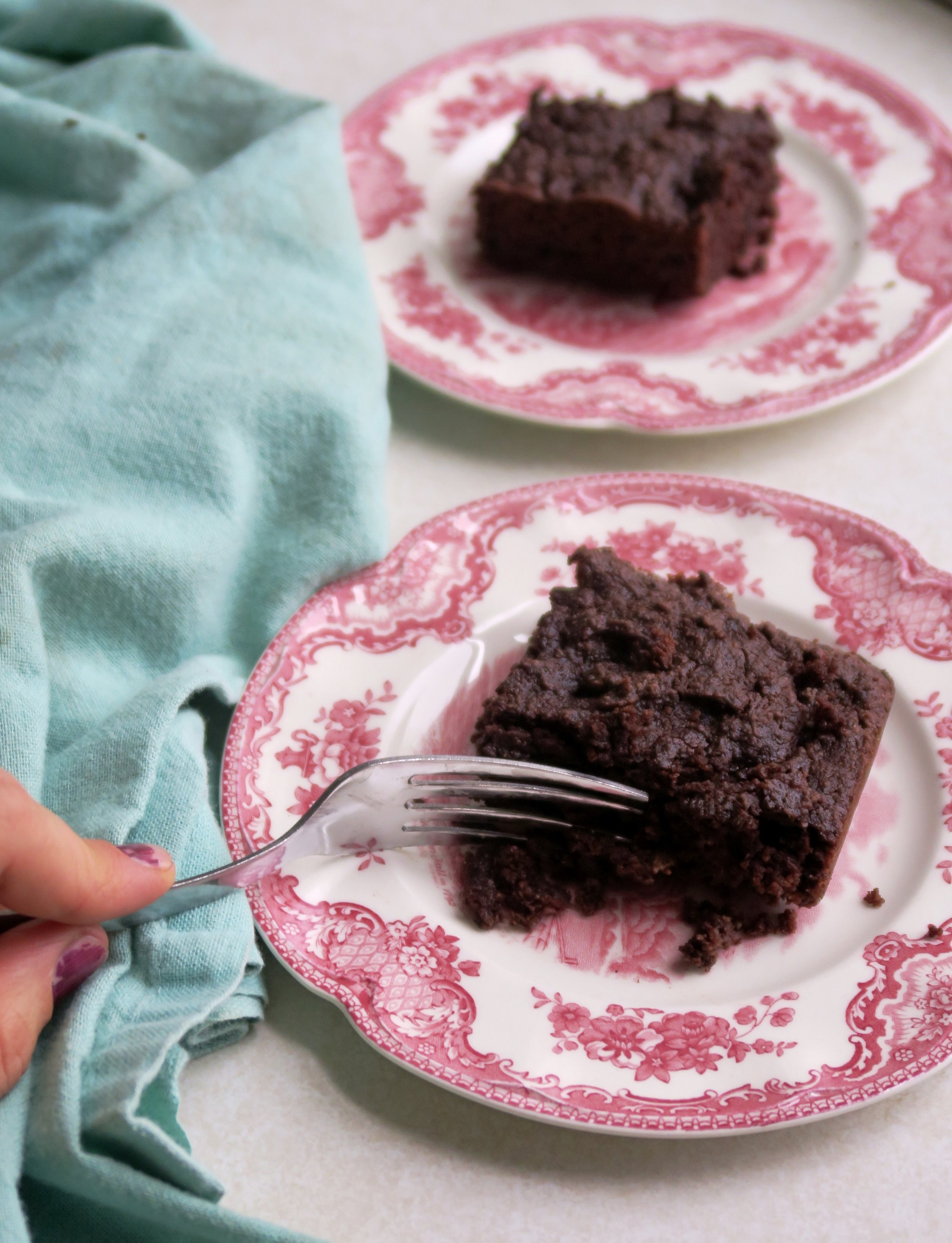 Chocolate Pear Snack Cake, Lake Superior Kitchen, Paleo cake, grain free cake, paleo dessert, grain free dessert, no sugar cake