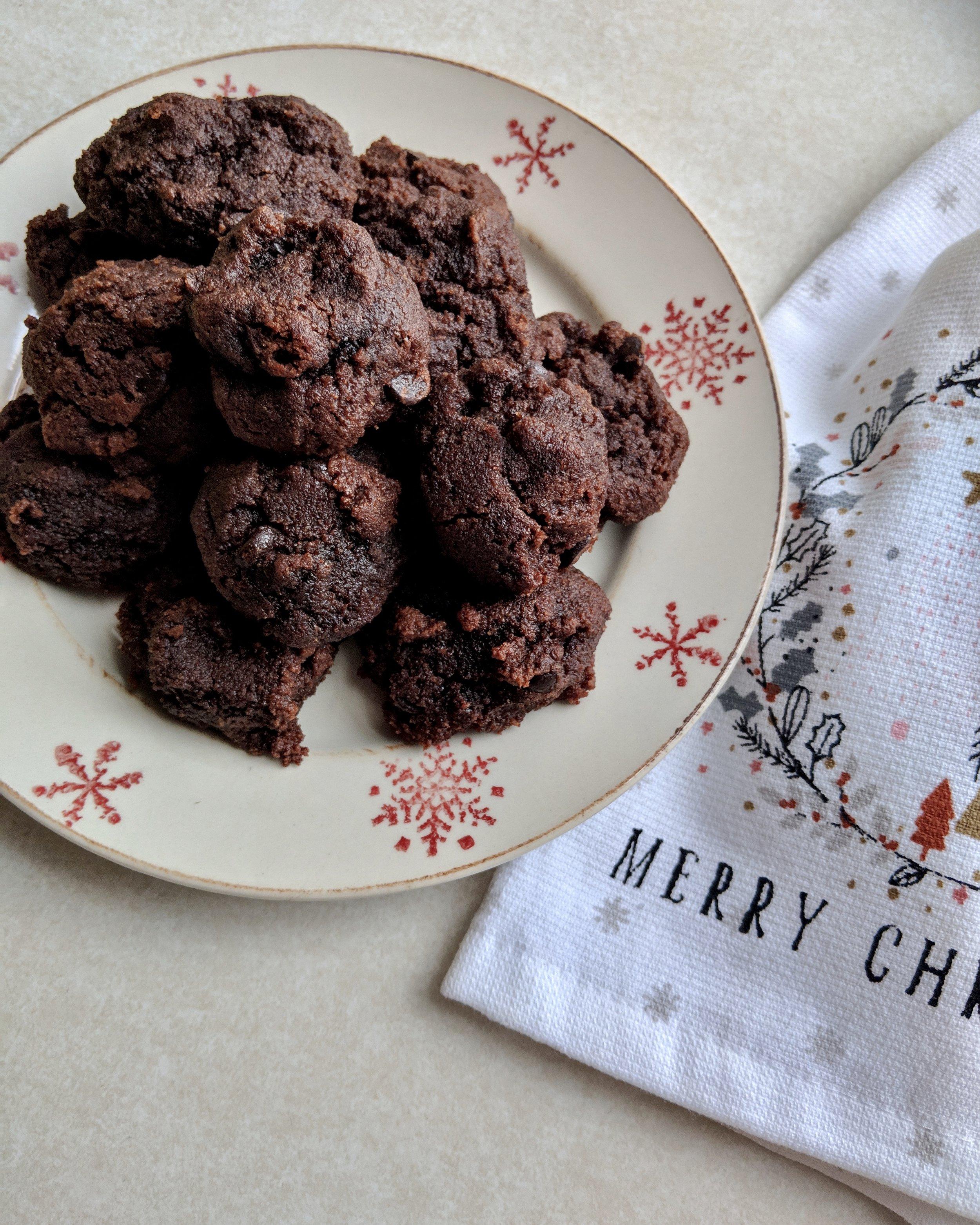 Fudgey chocolate cookies, lake superior kitchen, grain free, paleo cookies, gluten free