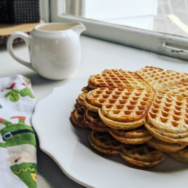 "Will it really snow 10"" today? ❄️ I'll believe it when I see it. 😊 Although we will be running every possible errand this morning, just in case!  This is the waffle recipe my mom always made growing up, plus a few additions:  2 eggs 2 c buttermilk 2 1/4 c spelt flour 2 t baking powder 1 t baking soda 1 t salt 6 T butter, melted 1/4 c ground flax 1/4 c wheat germ 1/2 t cinnamon  This recipe makes the best waffles!! 🍽️ #homemade #snowday #mnlife #aprilblizzard #waffleparty #momlife"