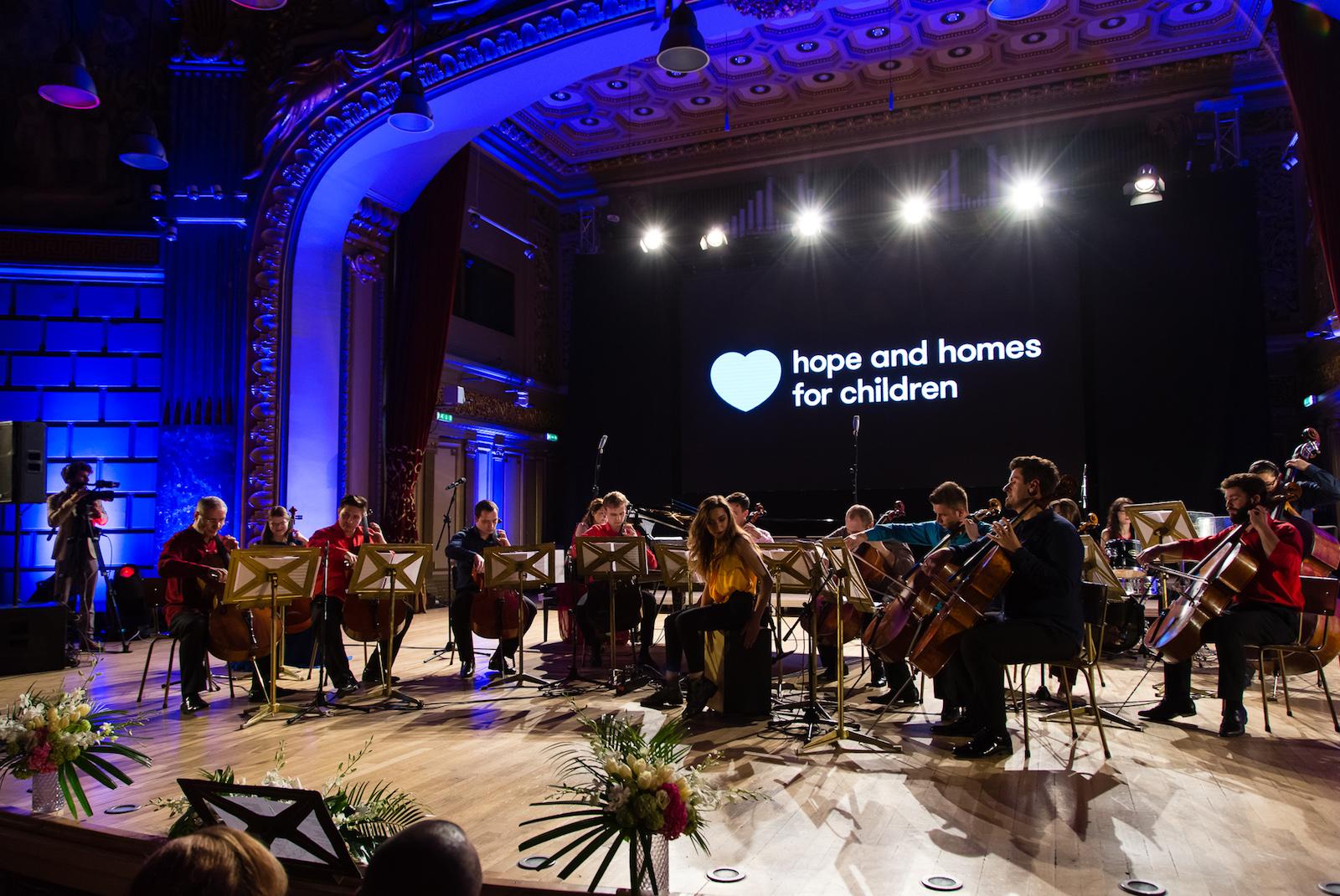 Ansamblul Violoncellissimo_Hope Concert 2017_Foto Mihnea Ciulei.jpg