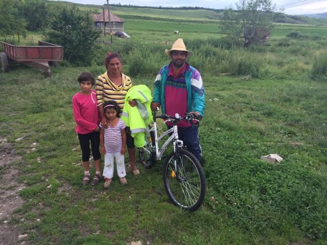 big_fam_stoica_bicicleta_hhc.jpg