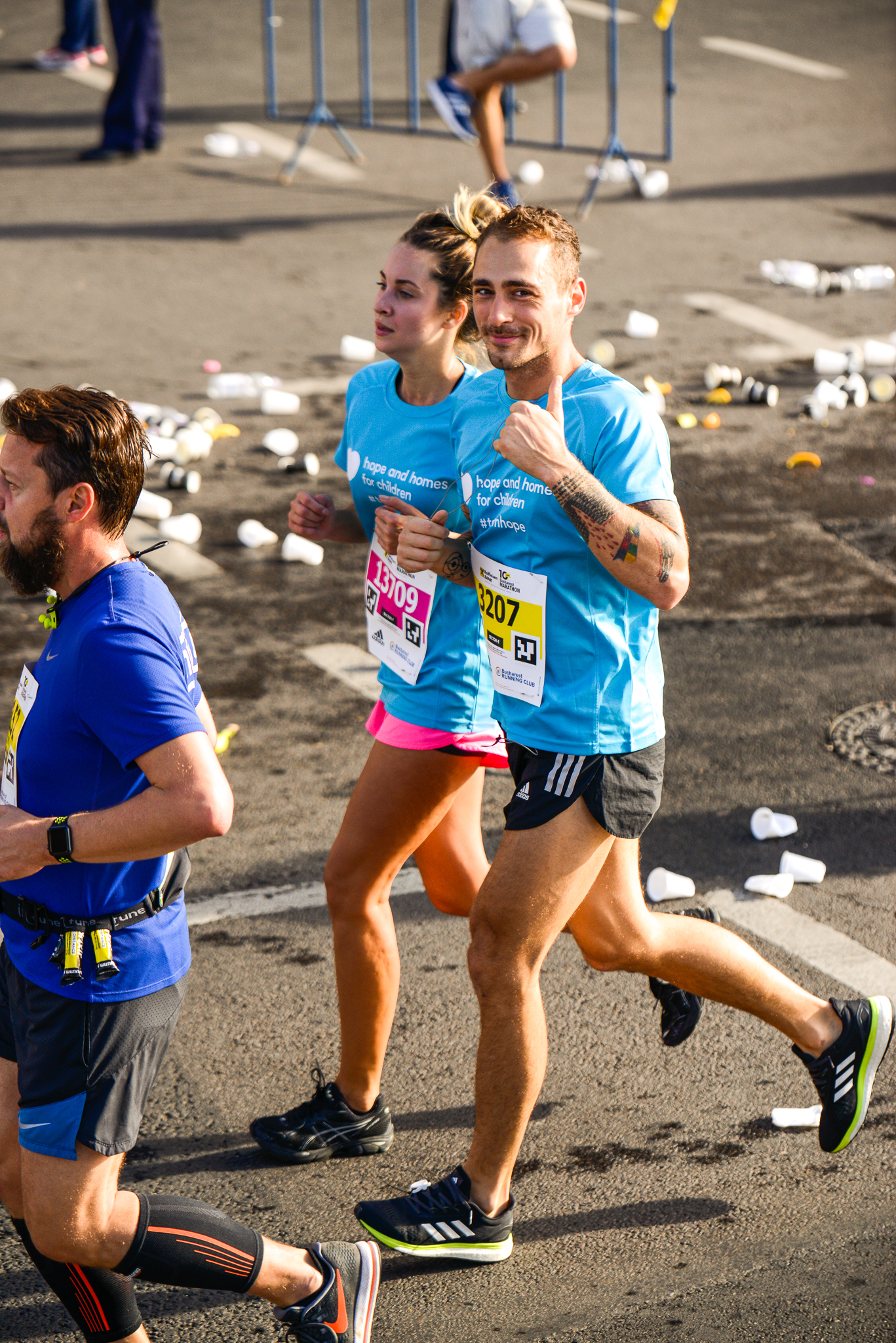 Otniela Sandu_Vladimir Draghia_Maratonul Bucuresti_Foto Radu Fugarescu.jpg