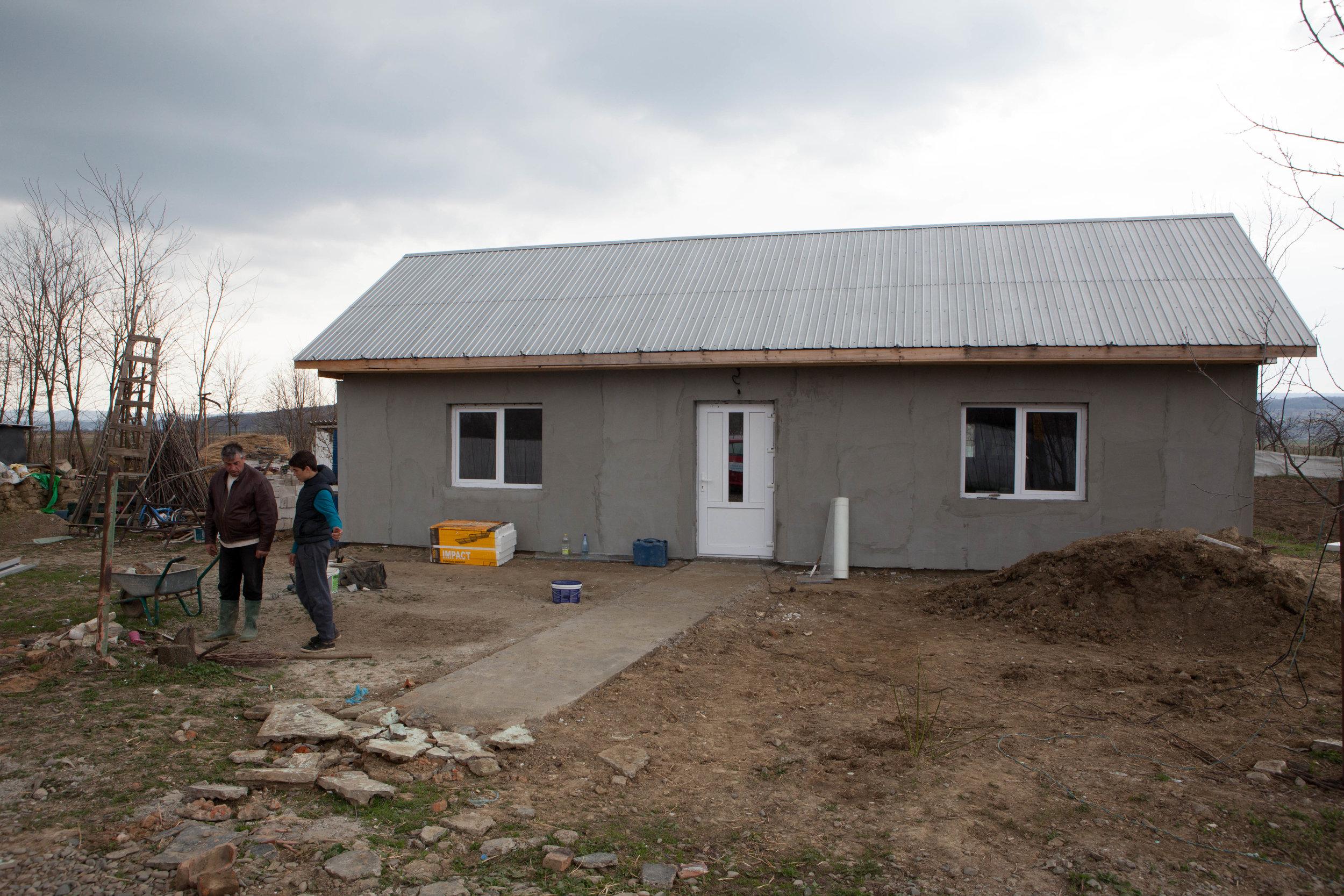 Noua locuinta a familiei Avram