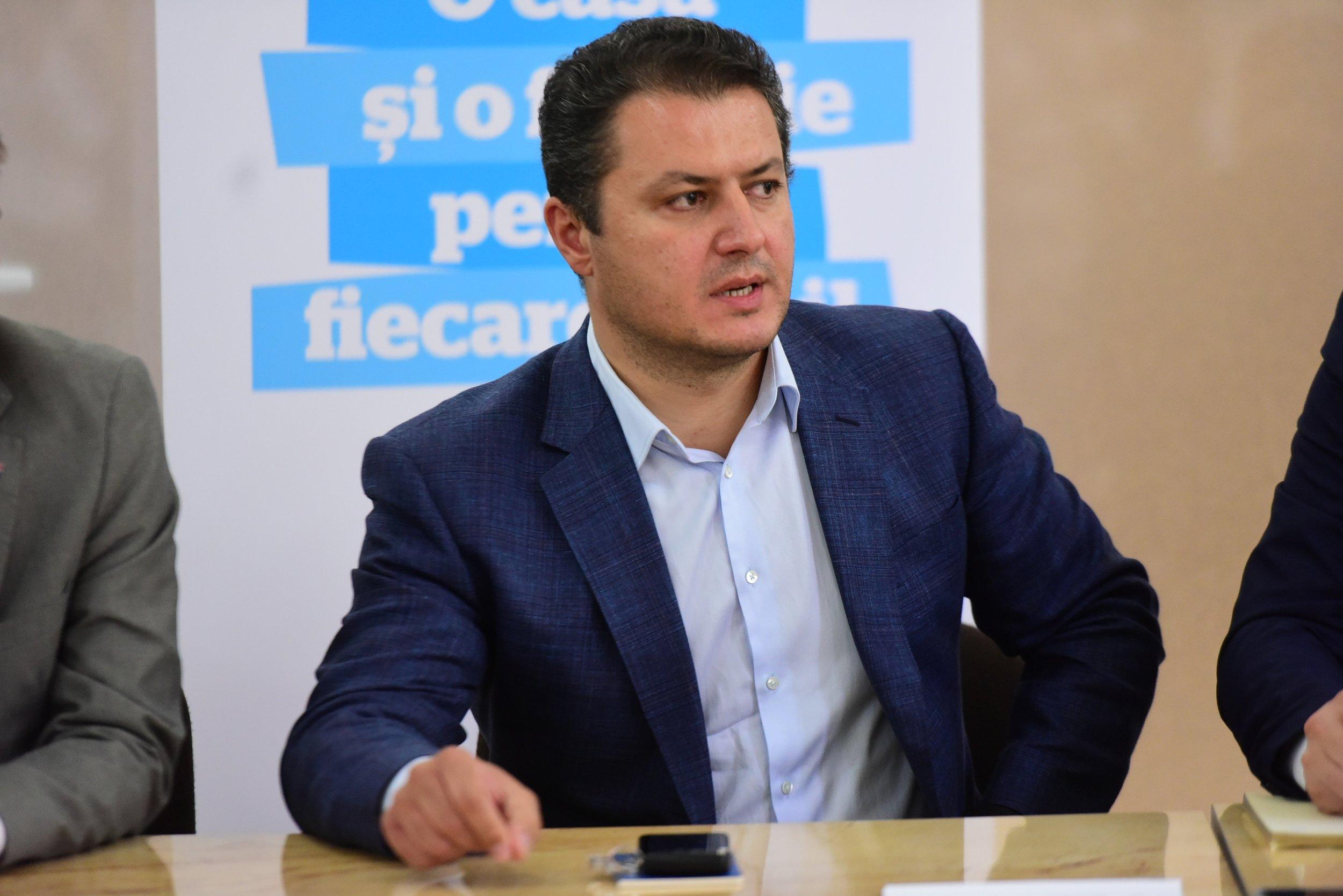 Stefan Darabus.JPG