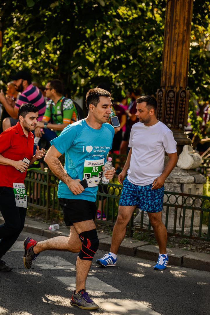 Claudiu Pândaru semimaraton foto Radu Fugărescu.jpg