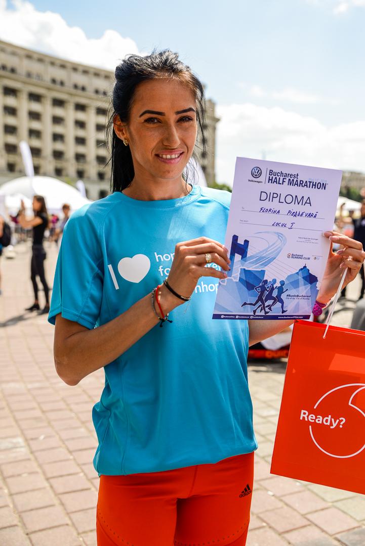 Florina Pierdevară_Semimaratonul București_Foto Radu Fugărescu.jpg