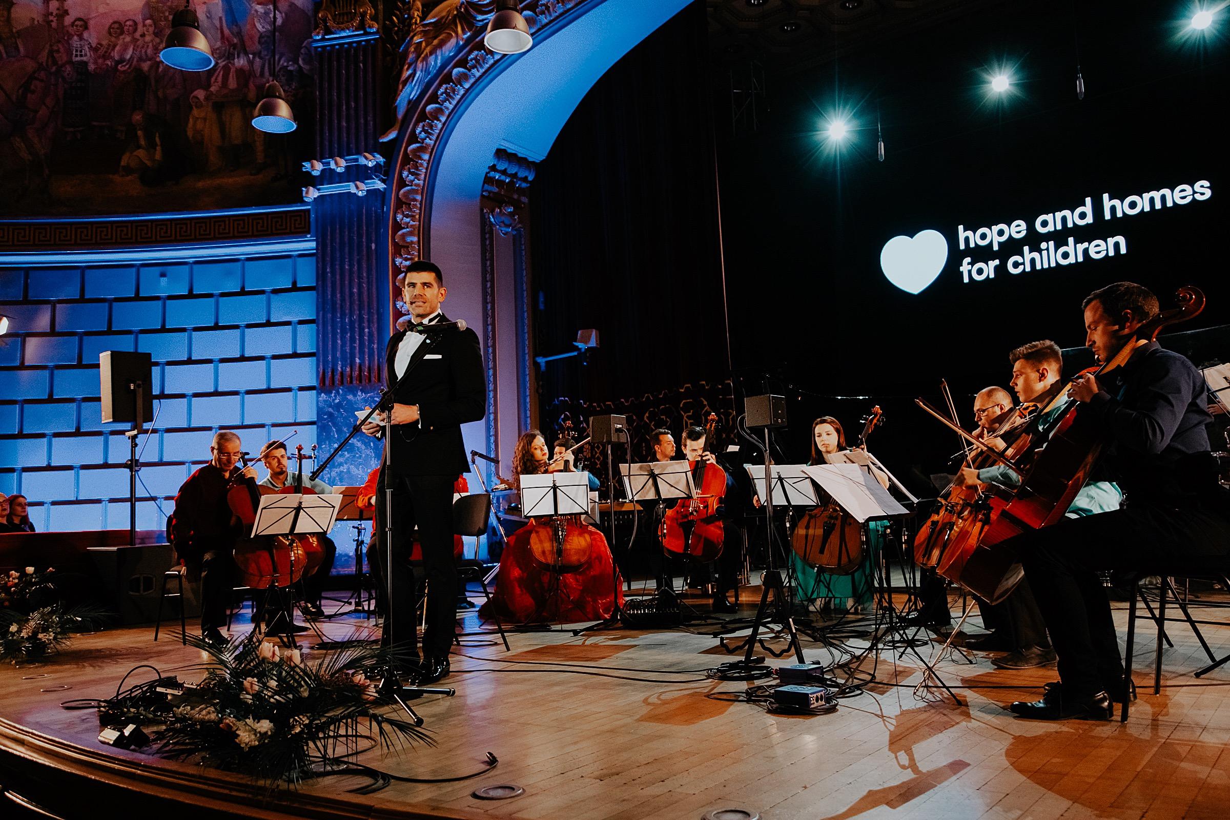 Dragoș Bucurenci_Hope Concert 2019_Foto Mihnea Ciulei .jpg
