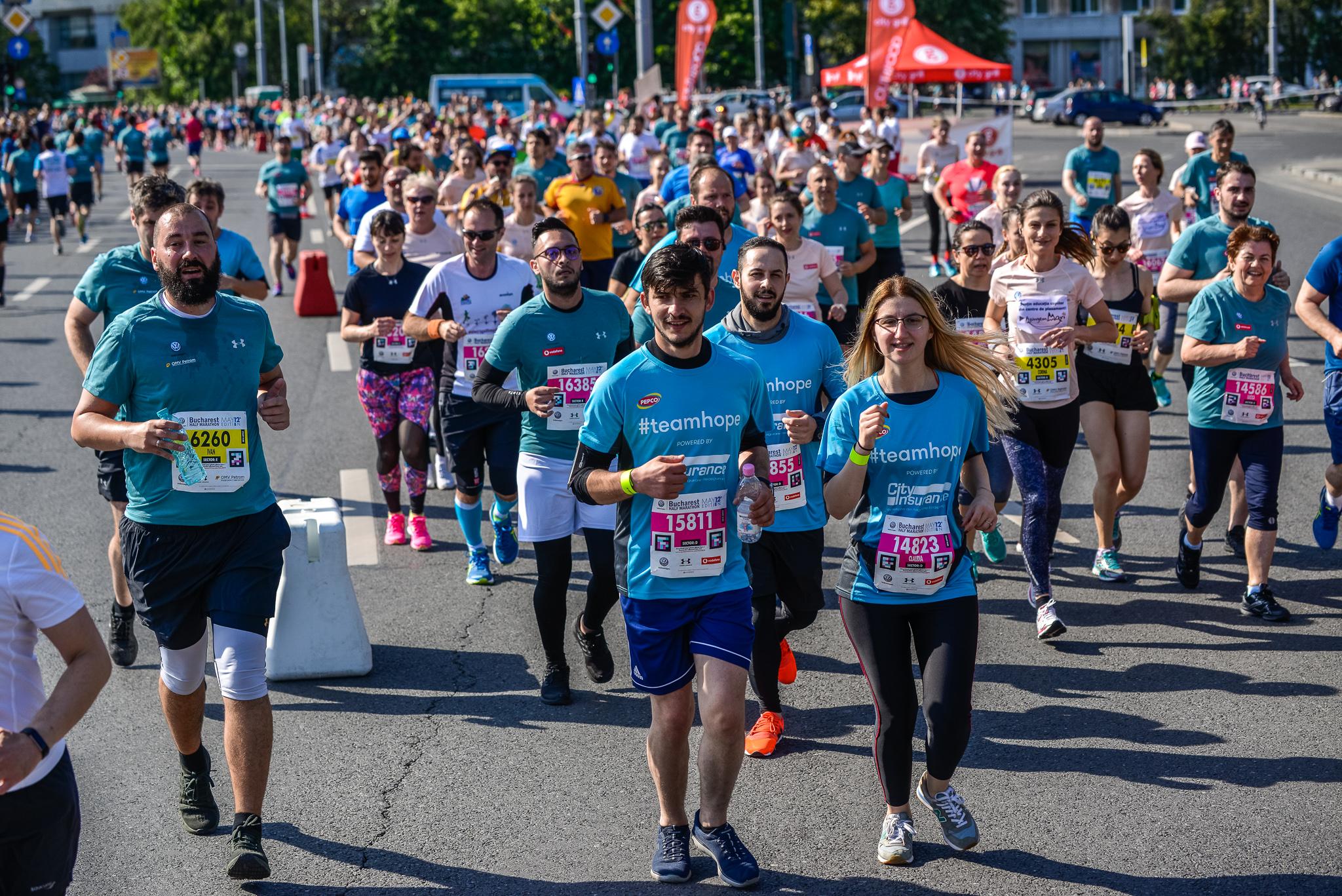 Alergatori Team Hope_Semimaratonul Bucurest_Foto Radu Fugărescu.jpg