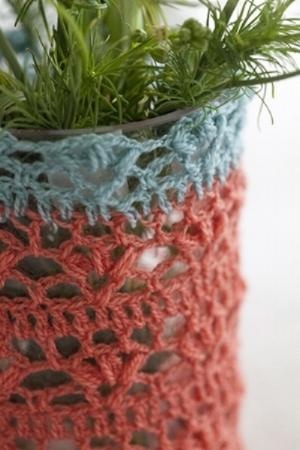 Crochet Club vase cosy 2.jpg