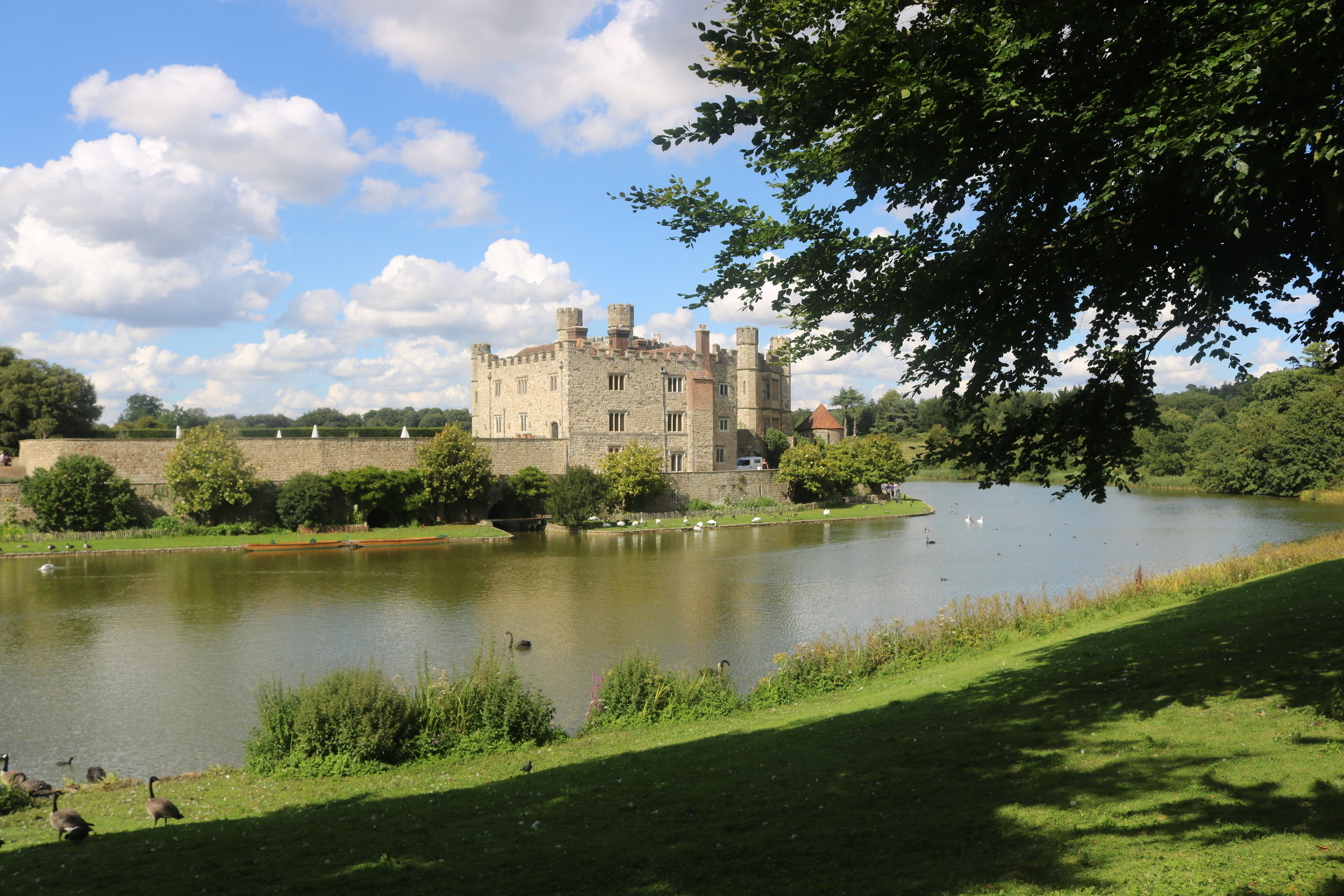 Travel Kent Leeds Castle