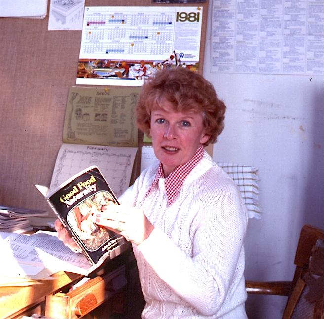 Shirley Buswall, Writer