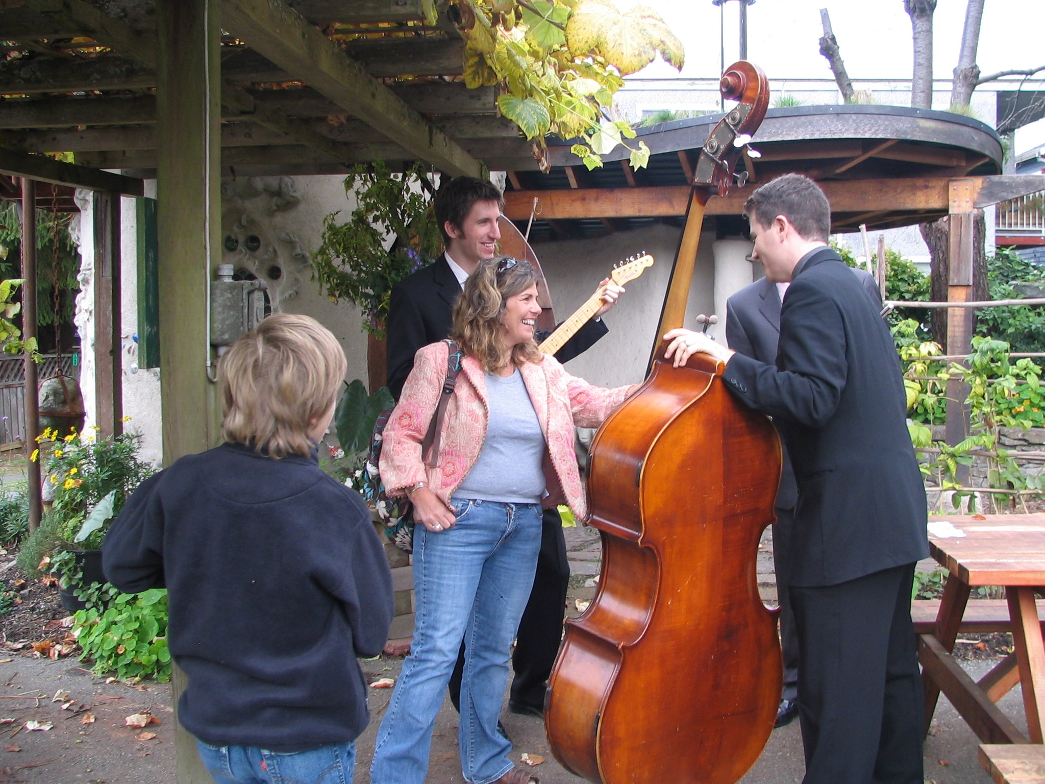 Musicians Play for Guests