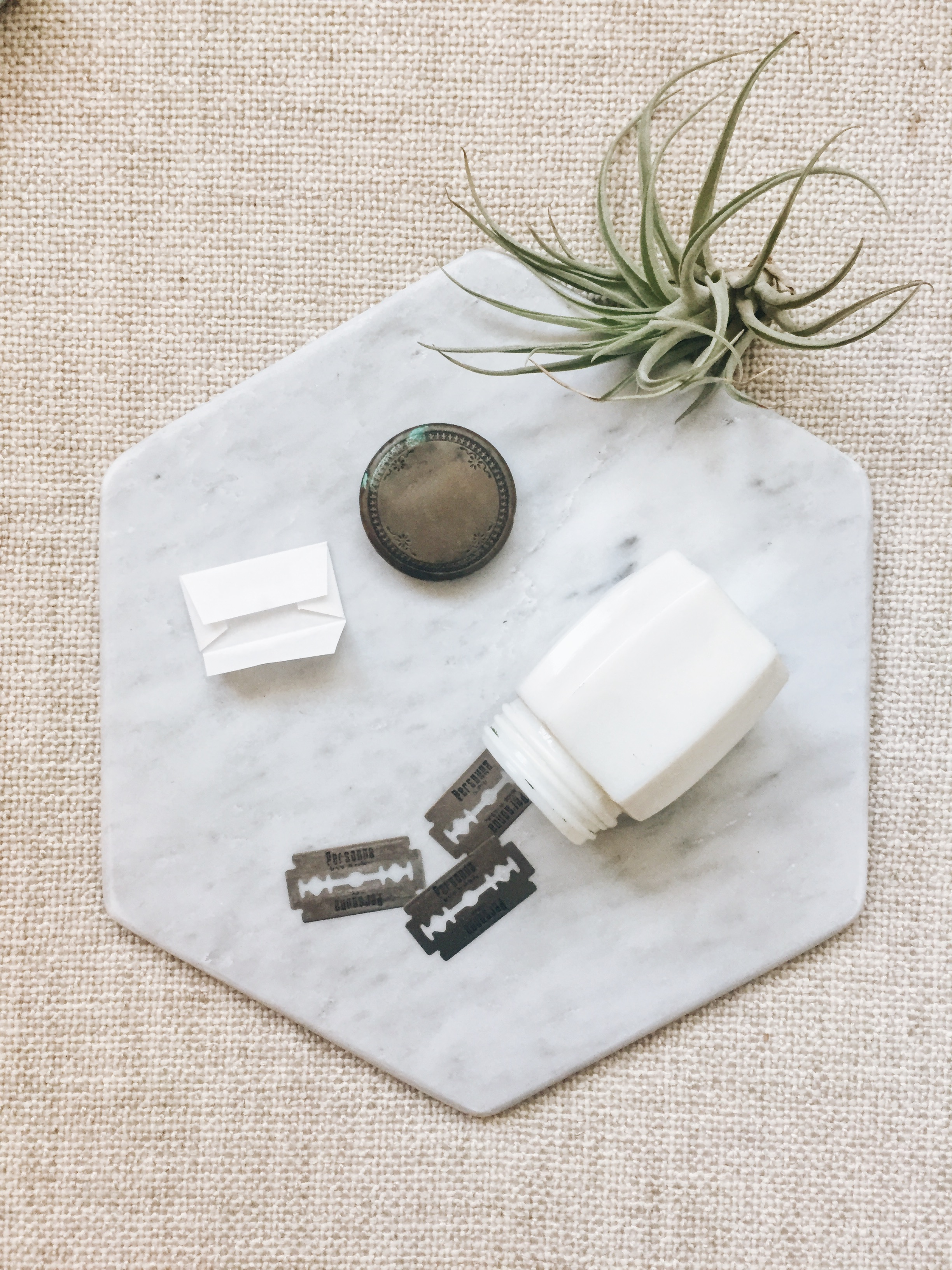 You'll know it's time to change your blade when shaving brings along a flurry of annoying tiny cuts. Each new razor is packaged in a paper envelope that is easily recyclable.