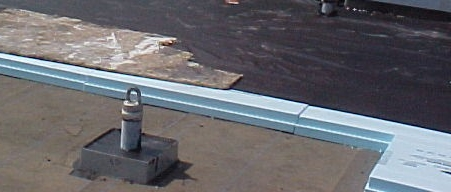 Insulation & ballast visible.JPG