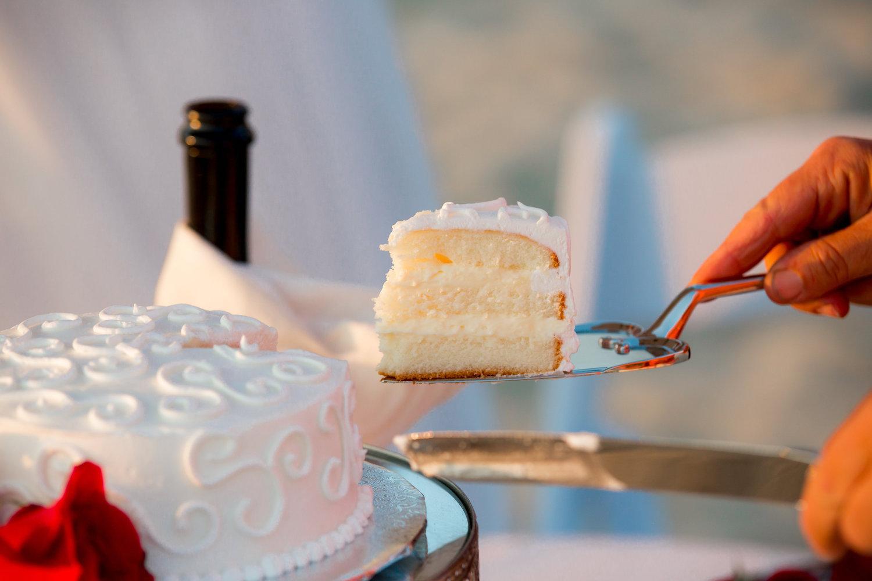 champagne_cake 2.jpg