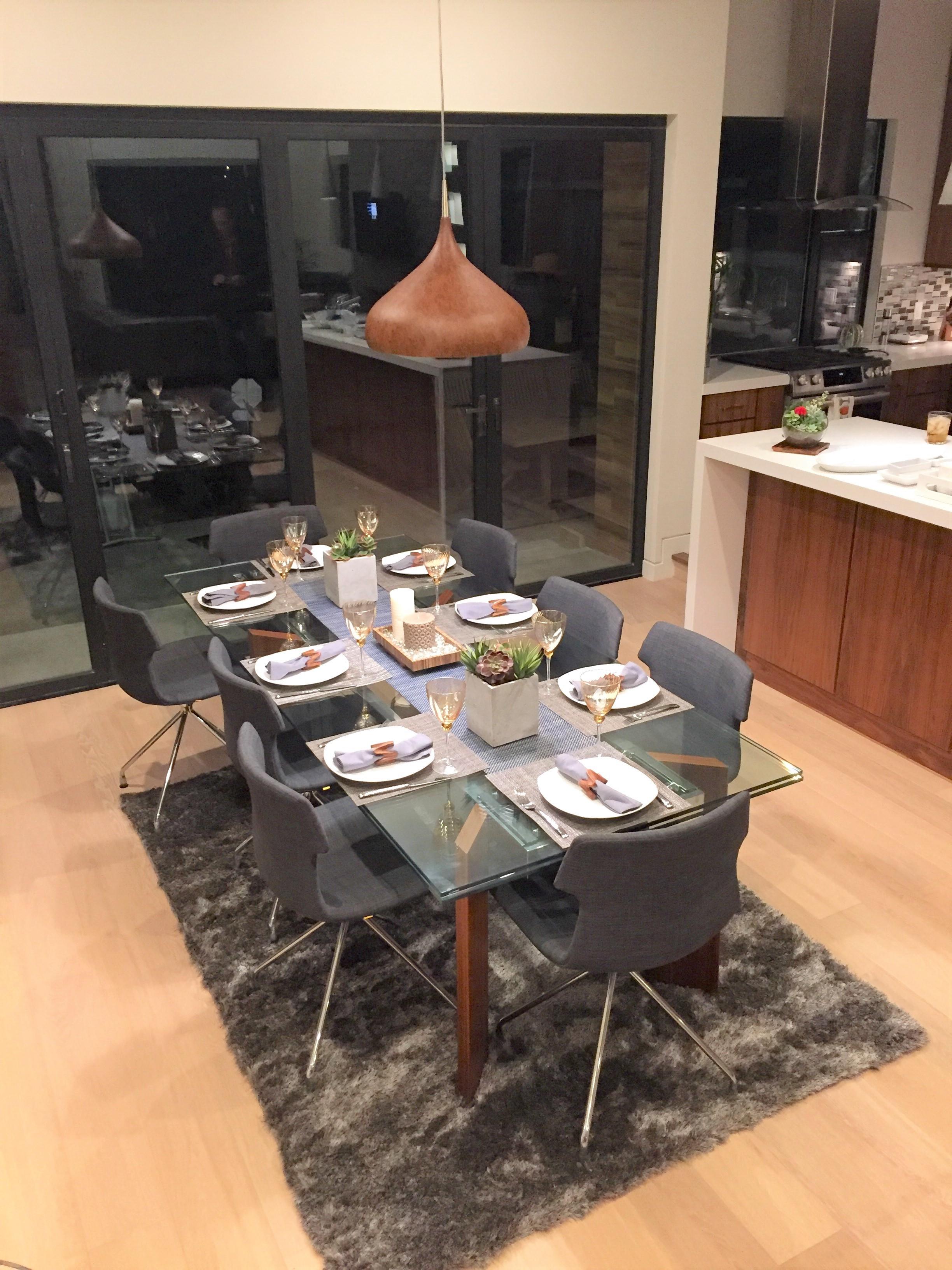dining room 11-15.jpg