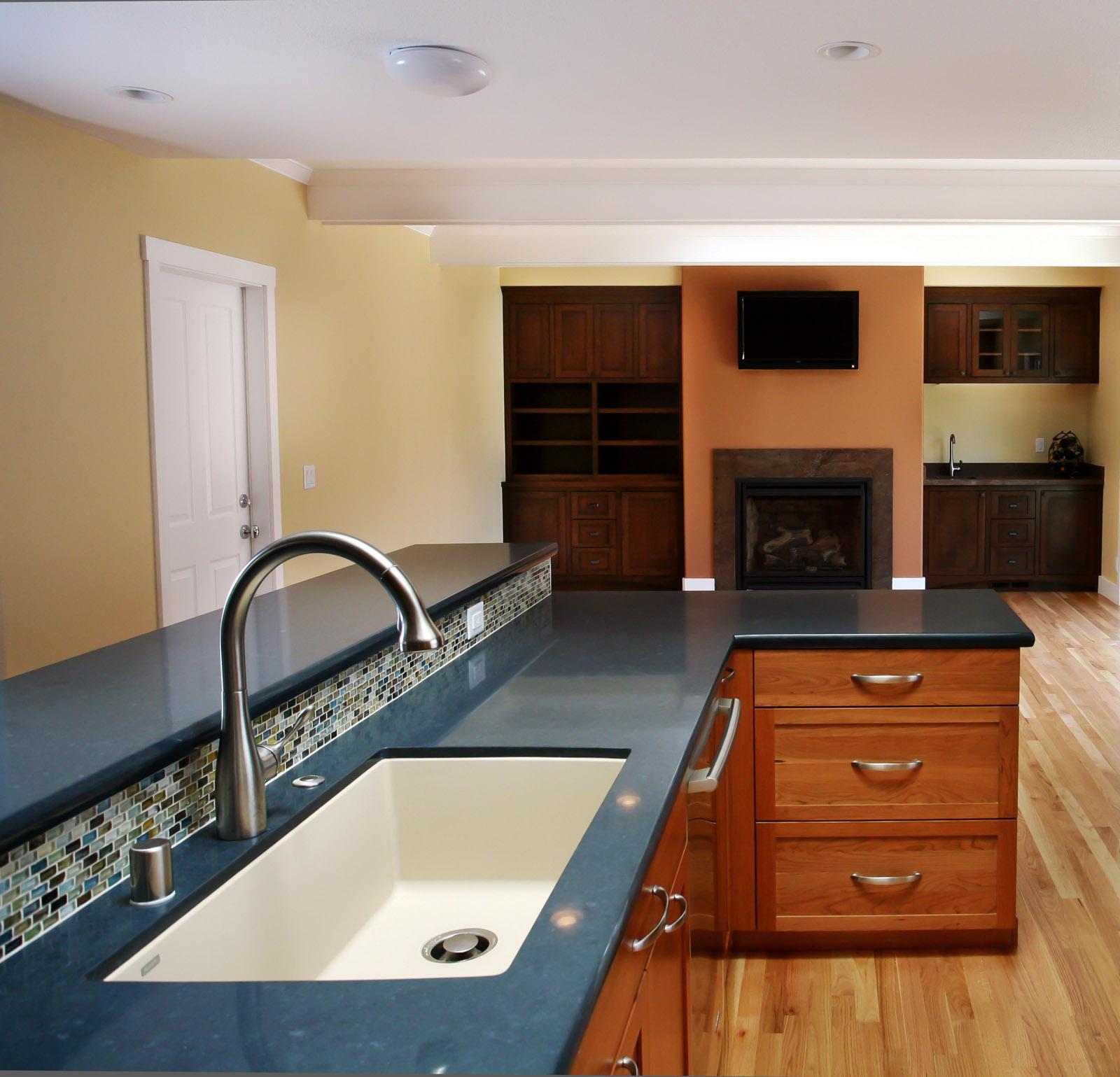 IMG_web kitchen 6-_sml.jpg
