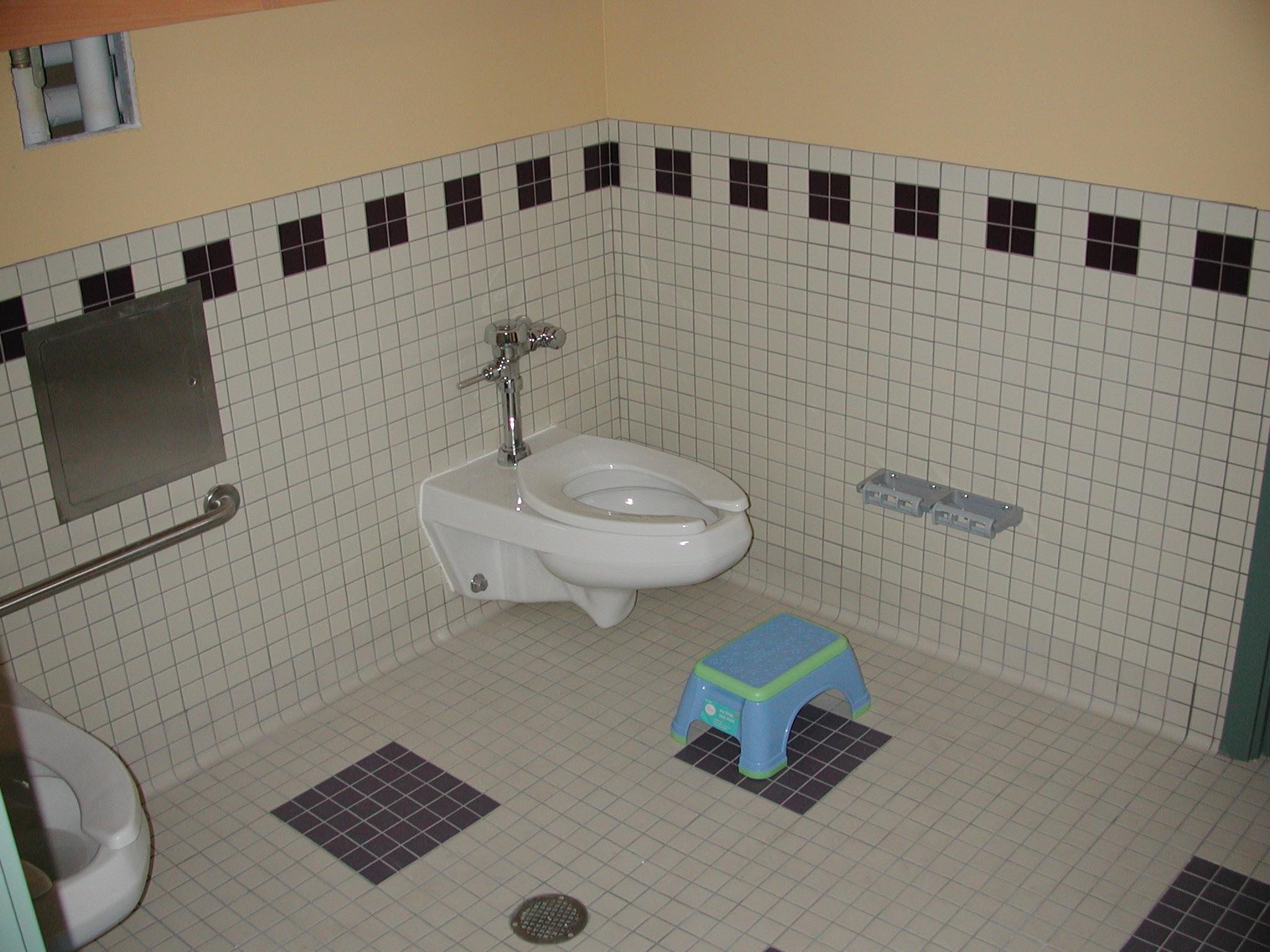 Highline_Child_RR_Toilet.jpg
