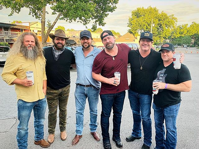 Last night felt like we took a time machine back 15+ years. To get to swap ole stories & songs with these amazing fellas definitely made for one of my favorite memories in all of the time I've lived in Nashville. This group of guys are the only friends I have that would take a bullet for me...or shoot me. 🤷‍♂️ thank you to the Nikki Mitchell Foundation for letting us be part of such a special cause. #nashville #songwriters #friends #brothers #family #nikkimitchellfoundation #jameyjohnson #randyhouser #dallasdavidson #leebrice #robhatch #tralerpark #partytime #letsdoitagain