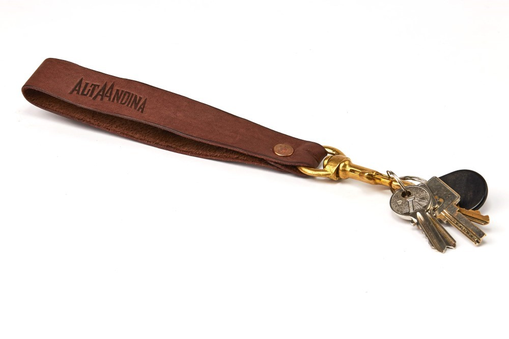 Leather Keychain Lanyard Strap - Alta Andina | Classy, handmade and guaranteed for life. The solid bronze hardware allows you to clip your keys to your belt or bag!