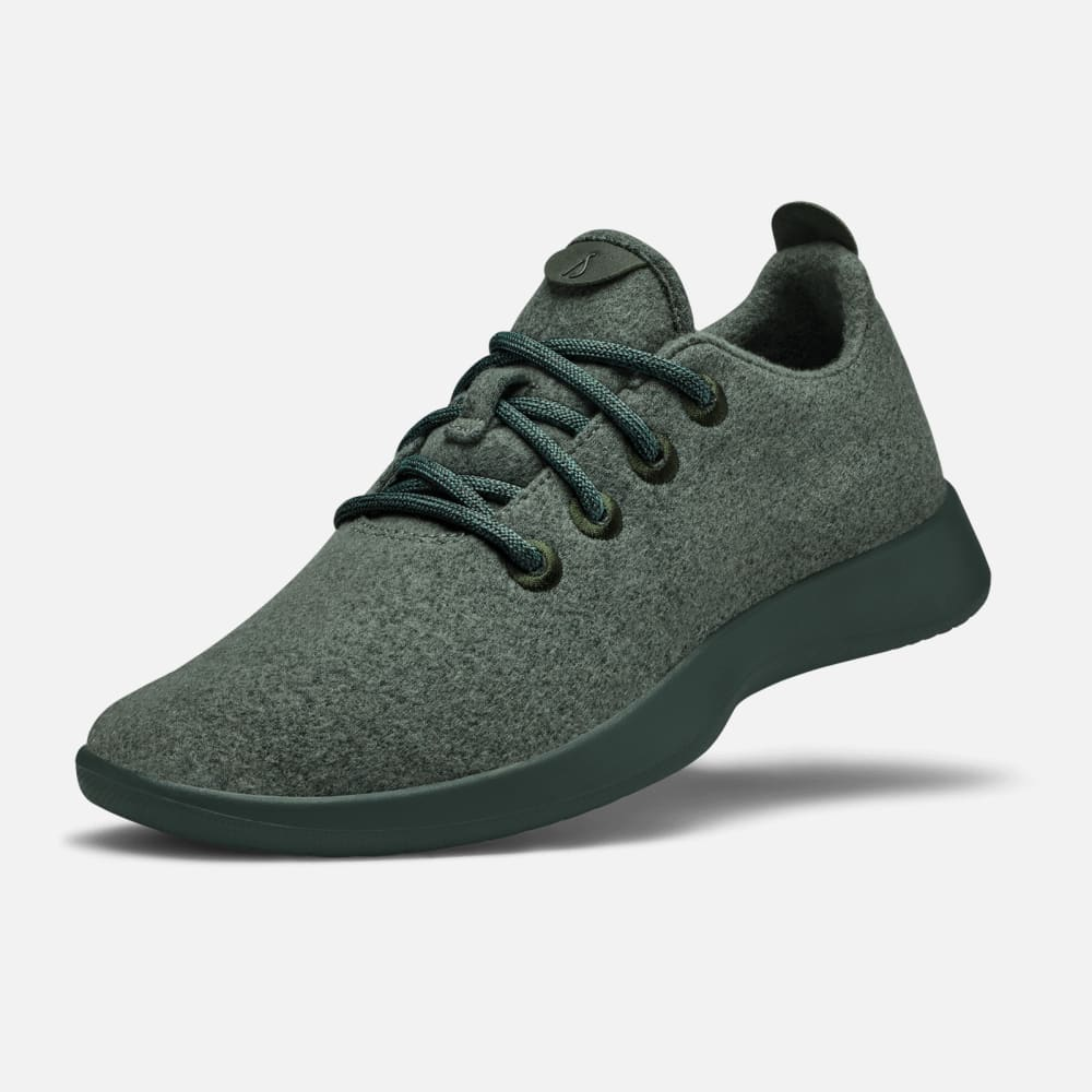 Allbirds Tree Runners - These popular shoes are sustainable, comfortable, and Dad is sure to love them!