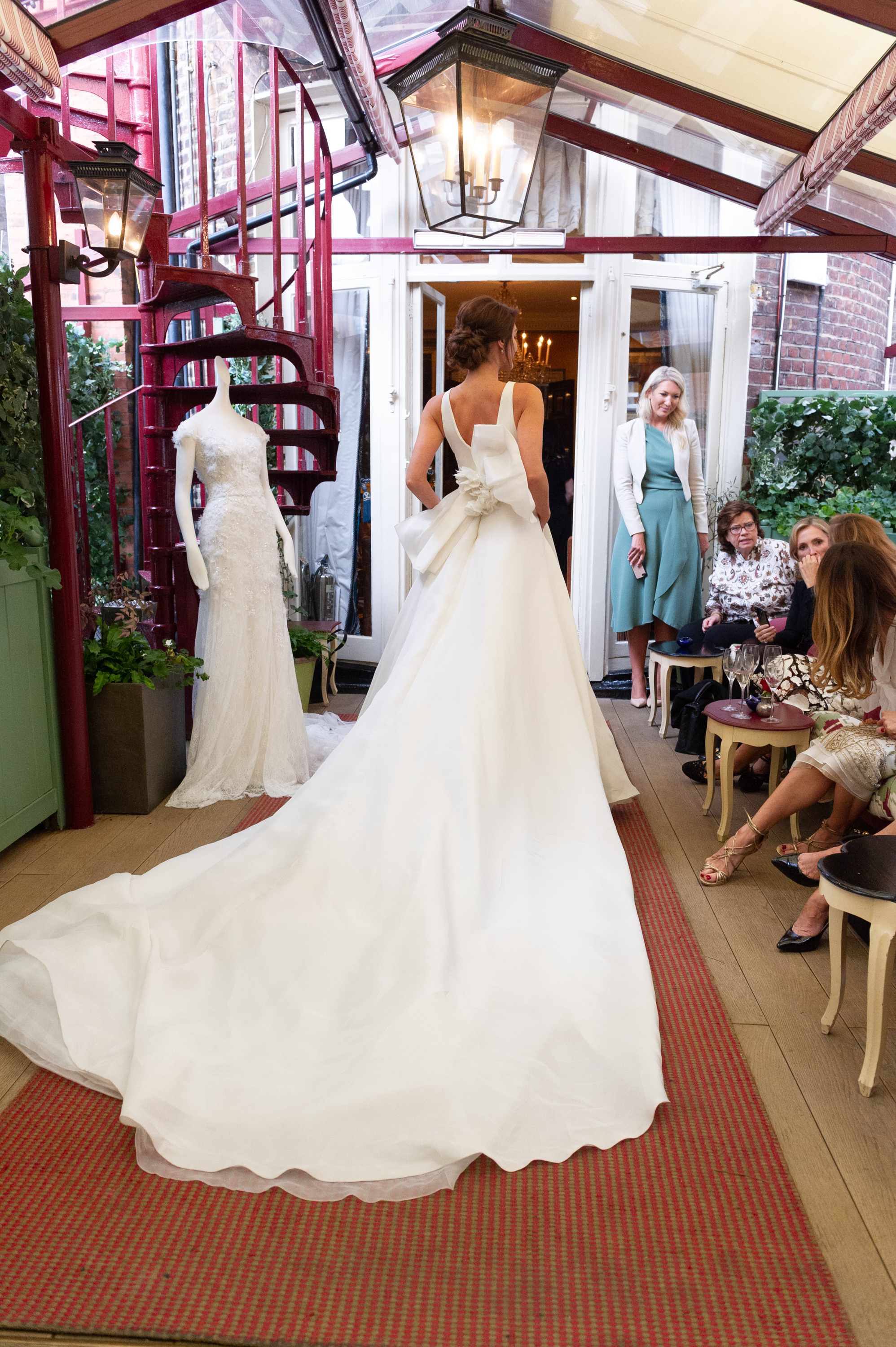Marchesa & Browns Bride at Marks Club-50.jpg