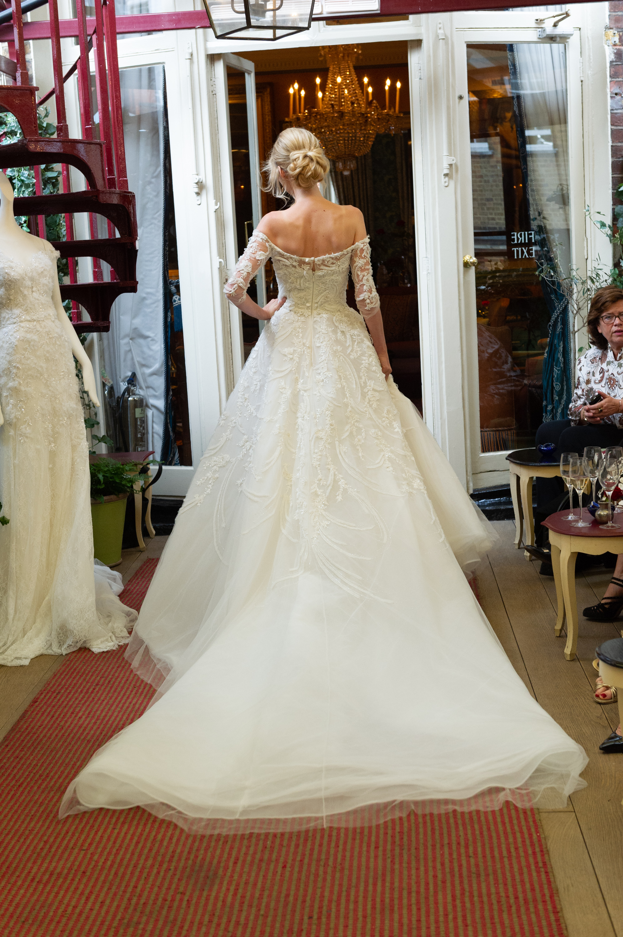 Marchesa & Browns Bride at Marks Club-65.jpg