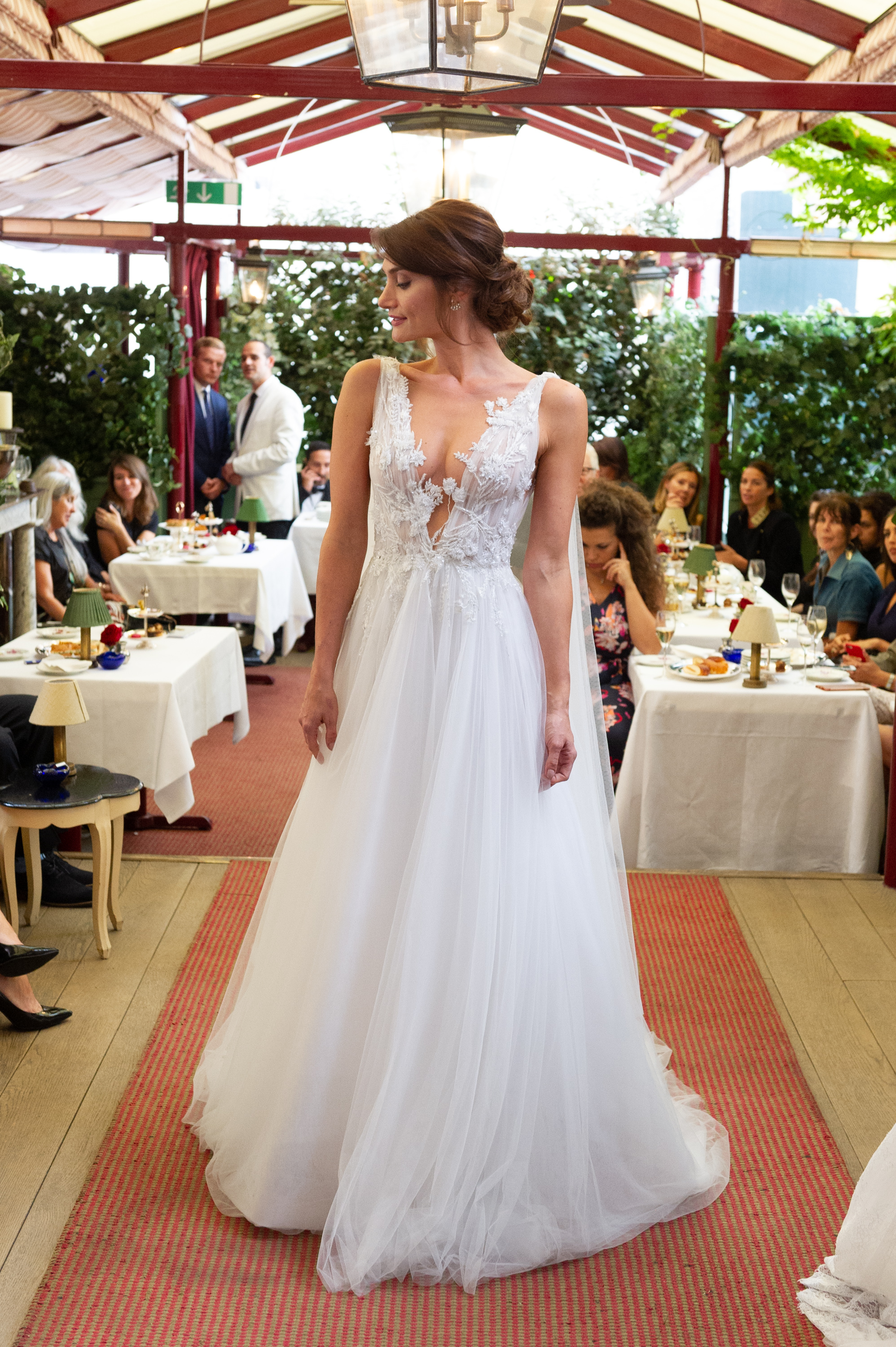 Marchesa & Browns Bride at Marks Club-76.jpg