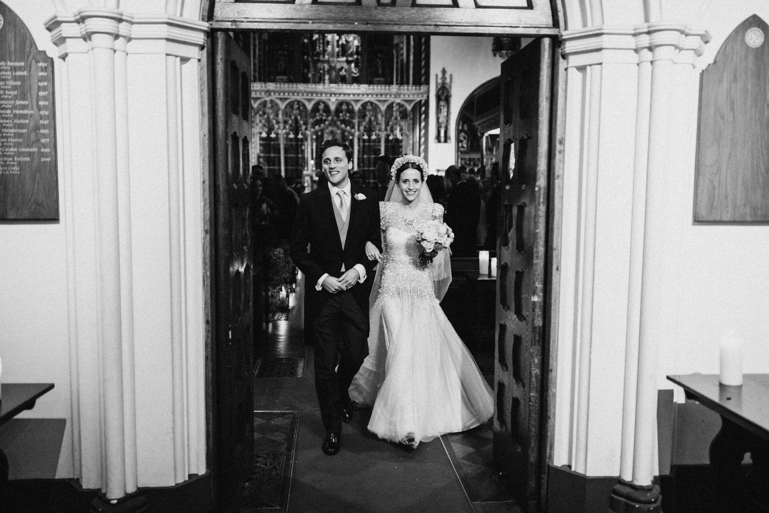 Emma_Simon_Wedding_Photography_Saville_Club-401.jpg