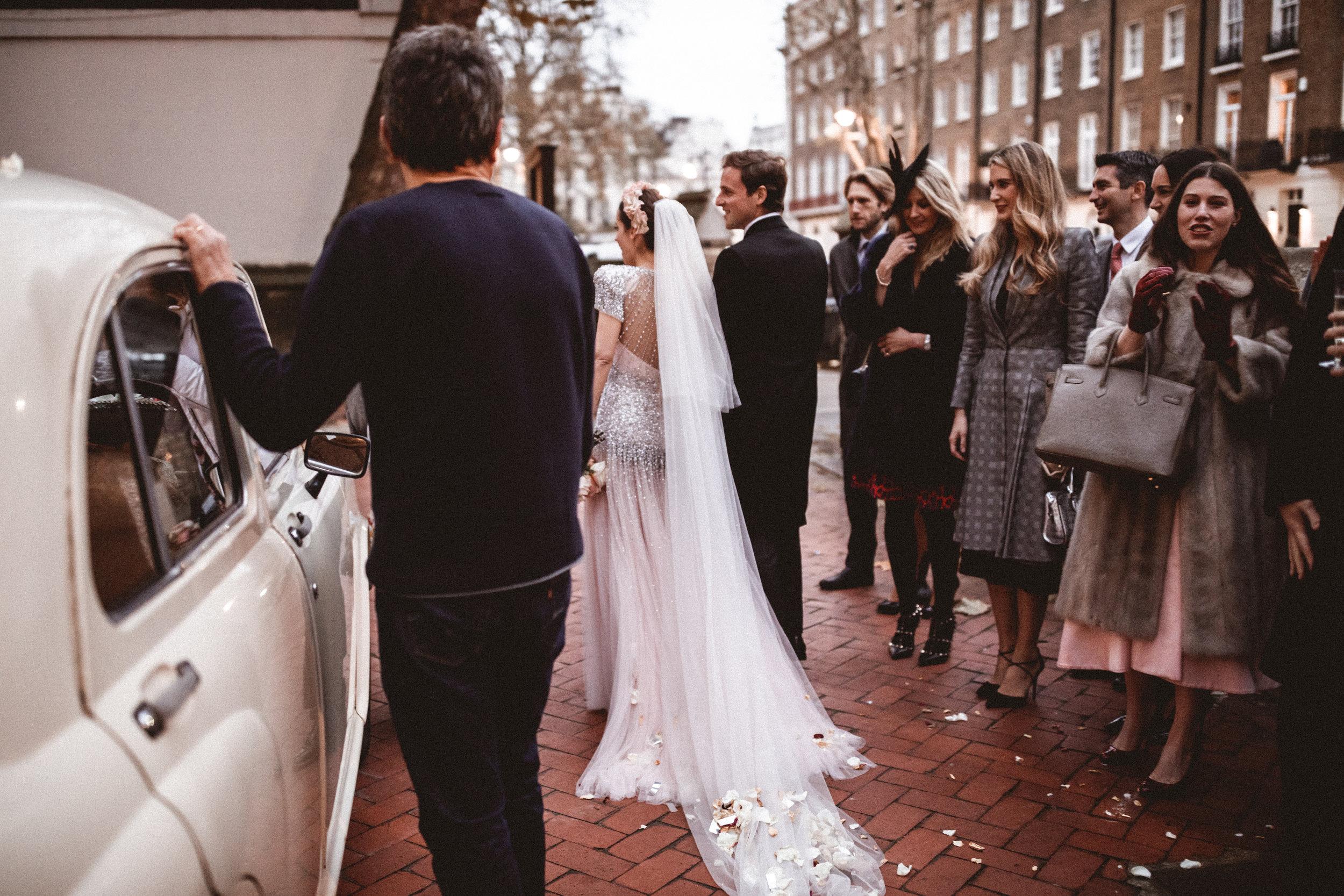 Emma_Simon_Wedding_Photography_Saville_Club-431.jpg