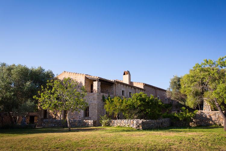Escapada+retreat+@+finca+ses+set+cases+Mallorca,+Spain.jpg