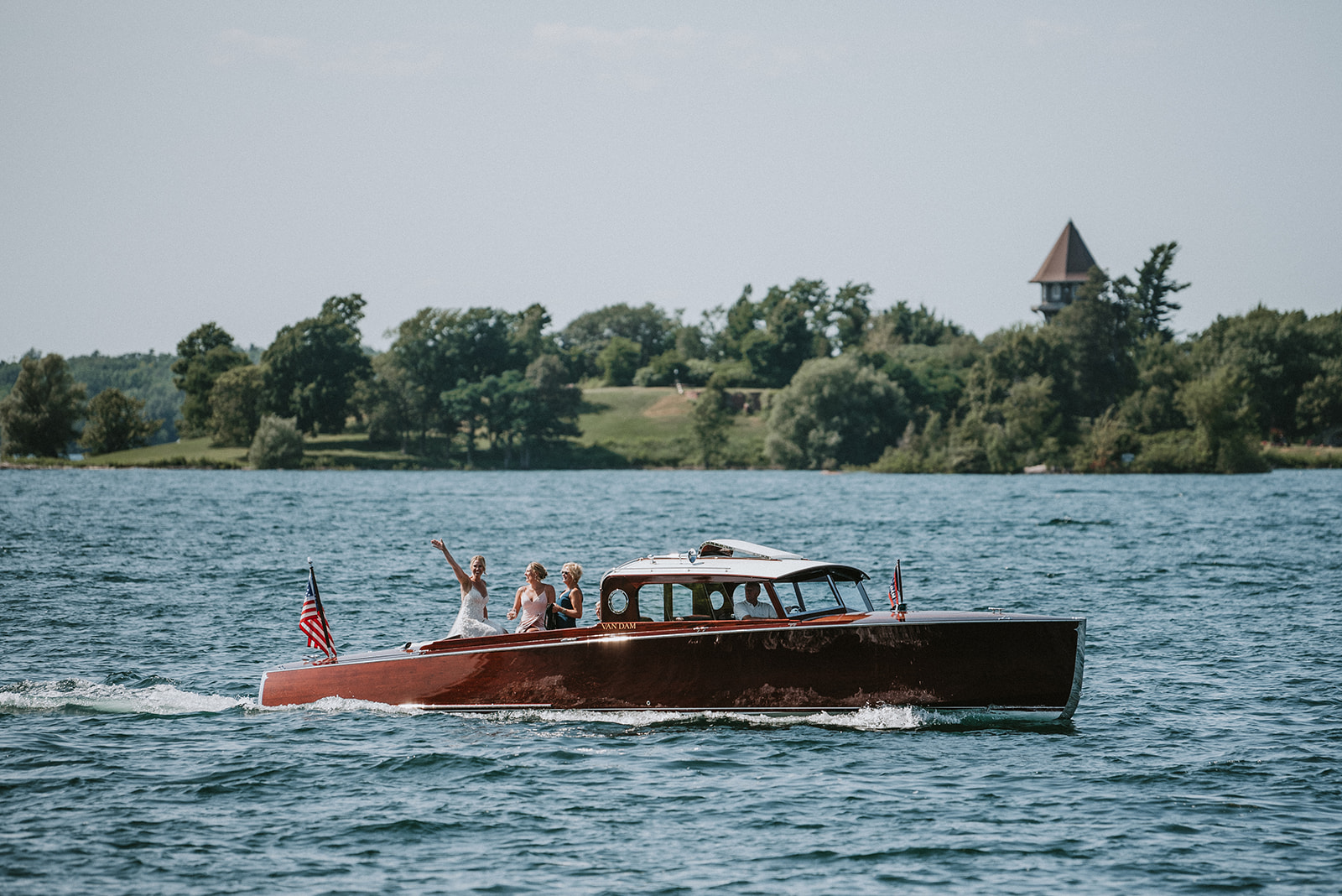 The river wedding - Nautical airiness meets elegant sophistication in this St. Lawrence River summer wedding. August 2nd, 2019