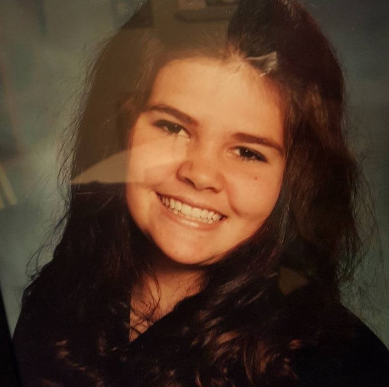 This is me when I was 17. It's the only old pic I could find!