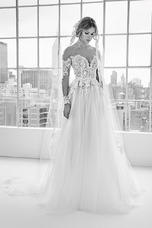 Vogue Bridal Spring 2018     Photo: Courtesy of Zuhair Murad