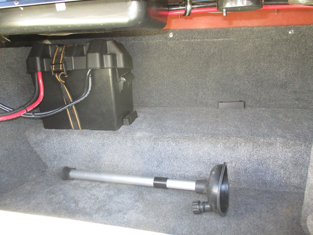 04 Malibu Sportster LX 038.JPG