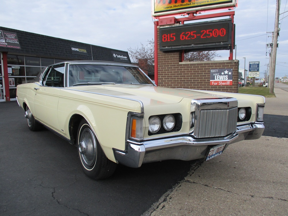 69 Lincoln Continental 003.JPG