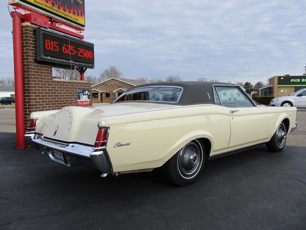 69 Lincoln Continental 008.JPG