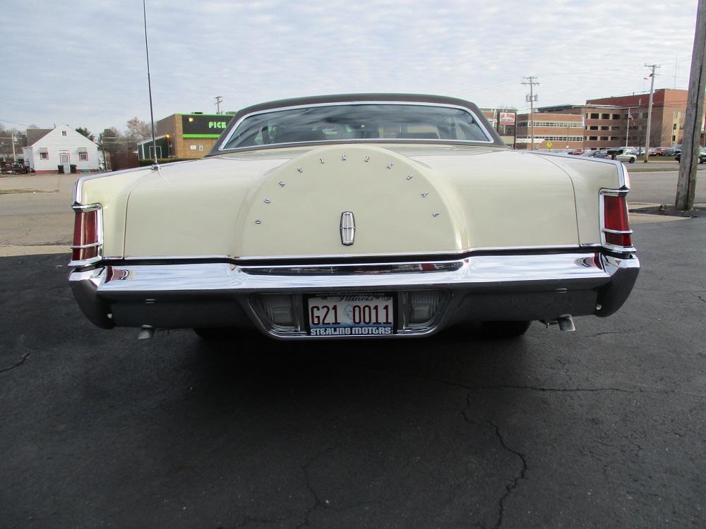 69 Lincoln Continental 010.JPG