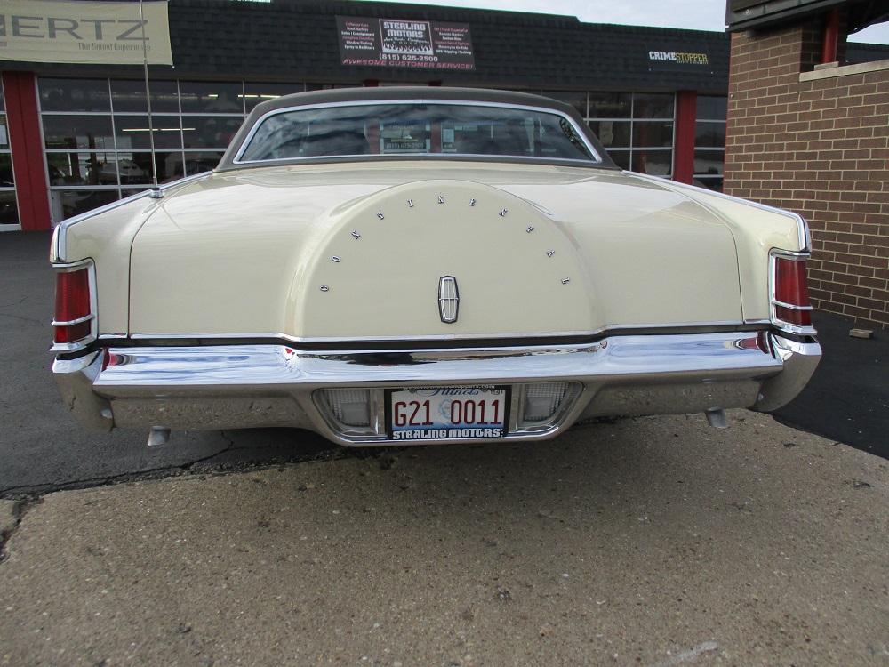 69 Lincoln Continental 011.JPG