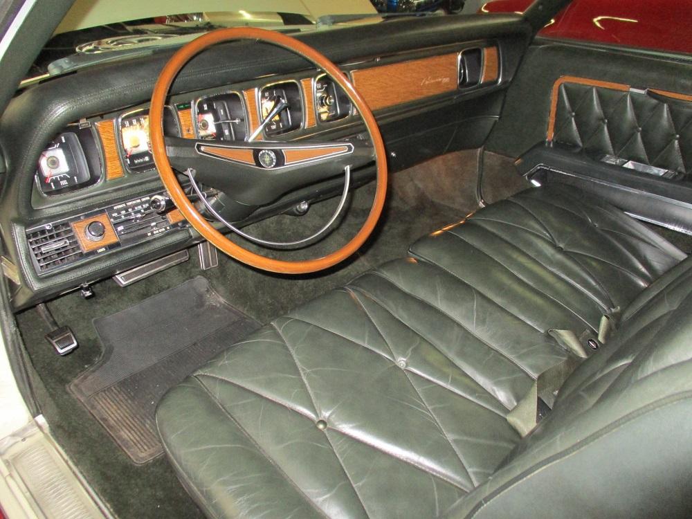 69 Lincoln Continental 023.JPG